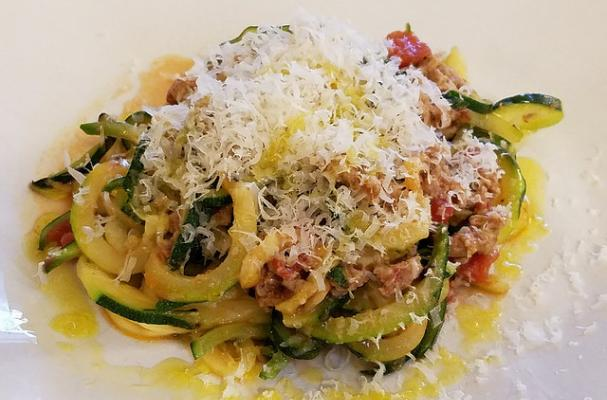 Zucchini Zoodles with Ground Turkey Tomato Sauce