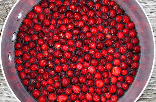 fresh cranberries ready to be turned into sauce!