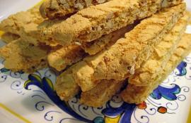 Authentic Italian Biscotti for Christmas